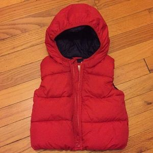 Baby Gap toddler puffer hooded vest